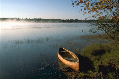 image of a canoe
